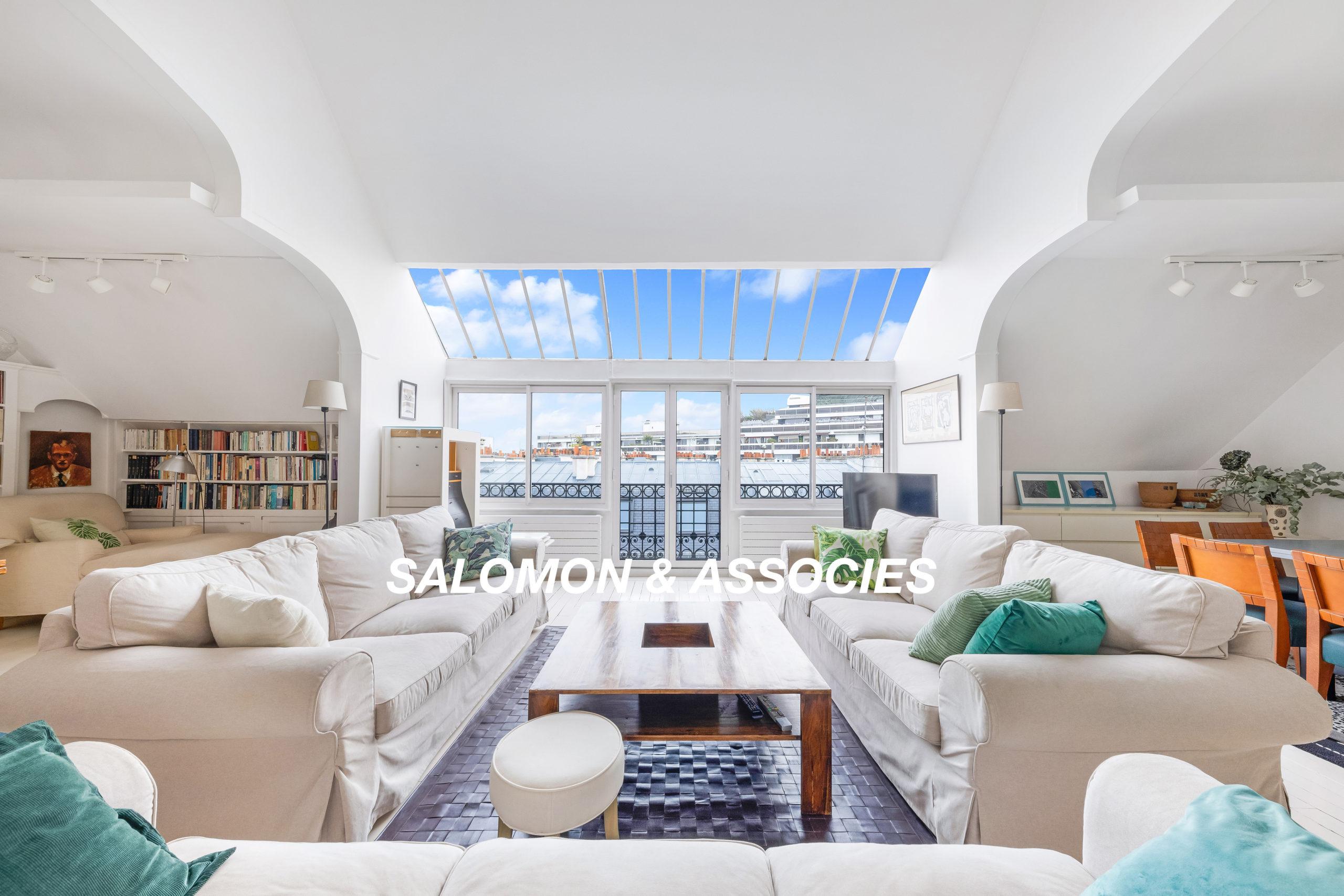 75116 Paris – Trocadero Secteur Lycée Janson de Sailly – Appartement de 5 chambres en duplex aux derniers étages d'un immeuble haussmannien